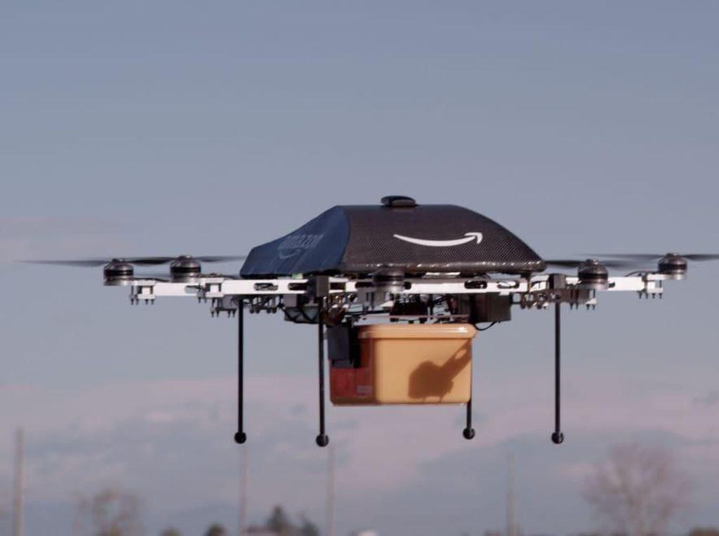Canggih! Kirim Paket Pakai Drone Semakin Nyata