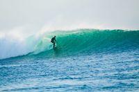Surfing di Pantai Nemberala (Istimewa)