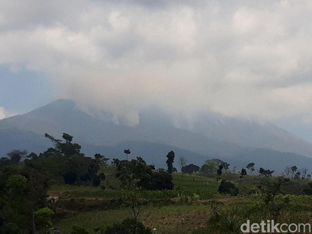Kebakaran di Gunung Merbabu Belum Padam, Terdeteksi Ada 7 Titik Api