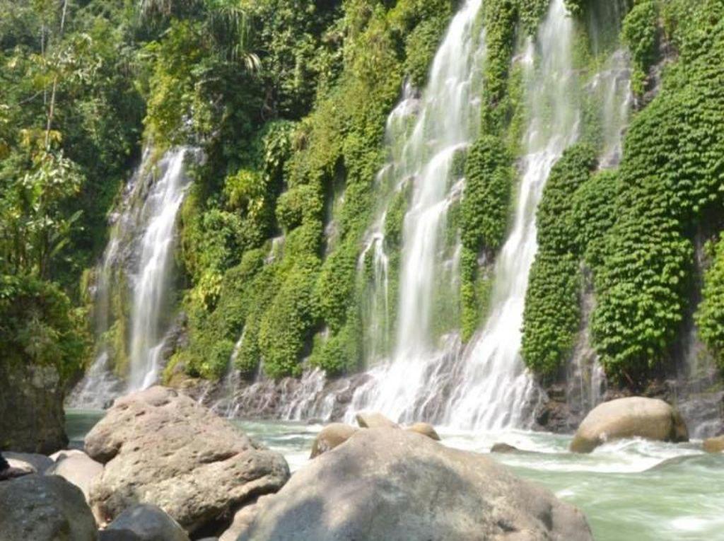 Air Terjun Maung Lahat Nan Indah di Sumatera Selatan