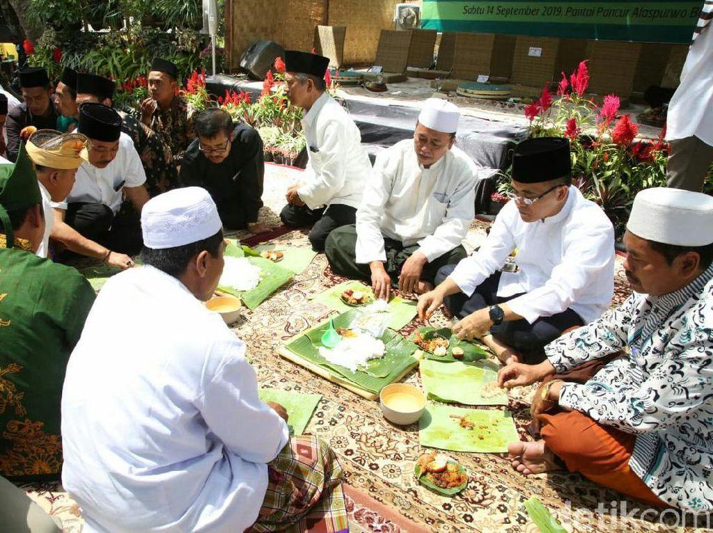 Warga Banyuwangi Doa Bersama Sambut Duathlon di Hutan Alas Purwo