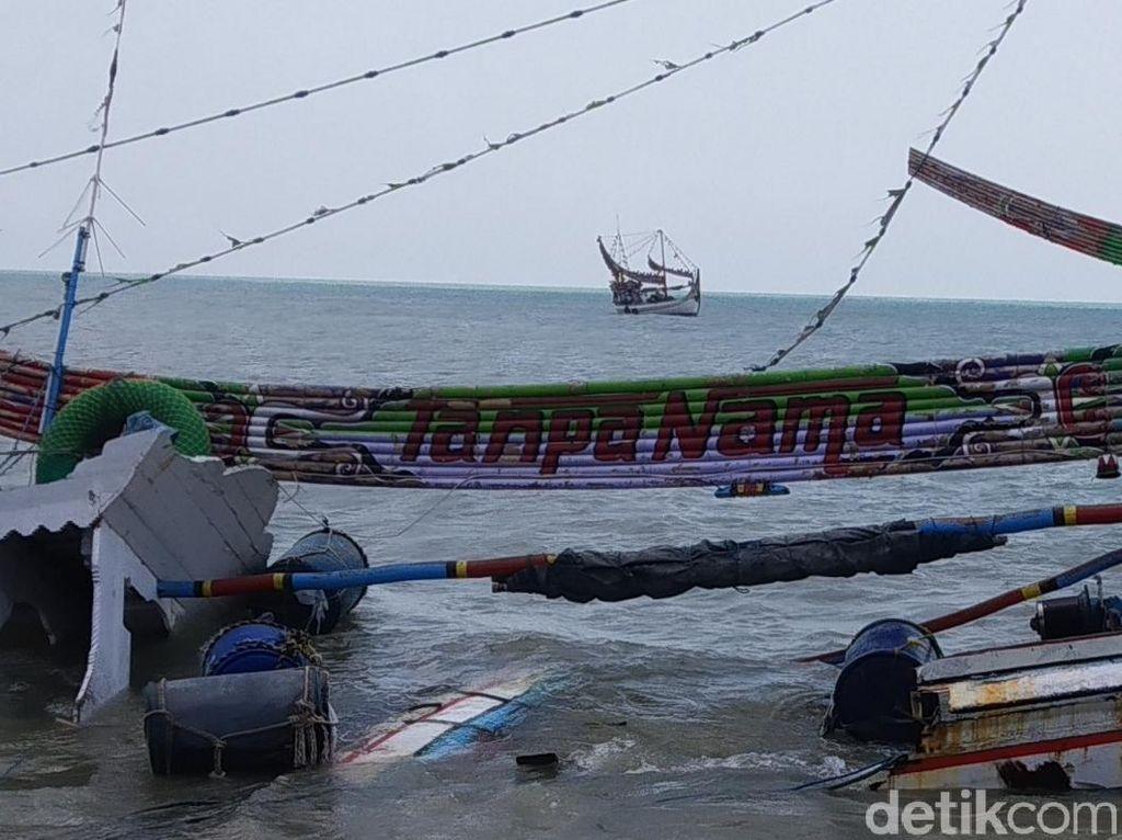 Perahu Nelayan Sumenep Rusak Diterjang Ombak, Kerugian Ditaksir Rp 400 Juta