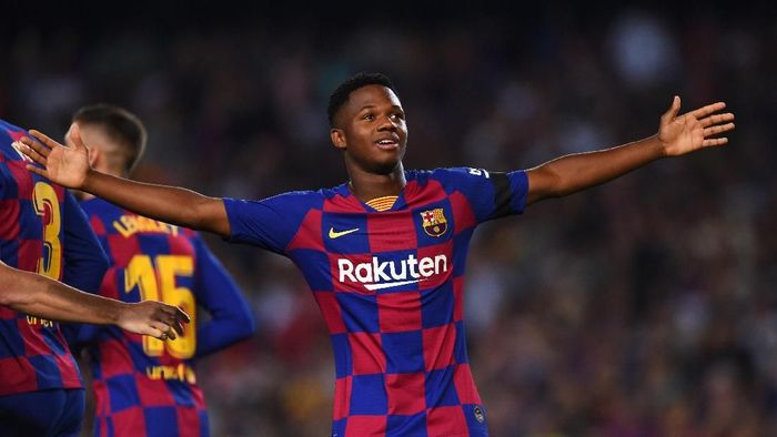Ansu Fati tampil cemerlang saat Barcelona megalahkan Valencia. (Foto: Alex Caparros/Getty Images)