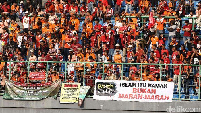 Persija Jakarta kalah, Ferry Paulus dan Julio Banuelos diminta mundur oleh The Jakmania (Rifkianto Nugroho/detikSport)