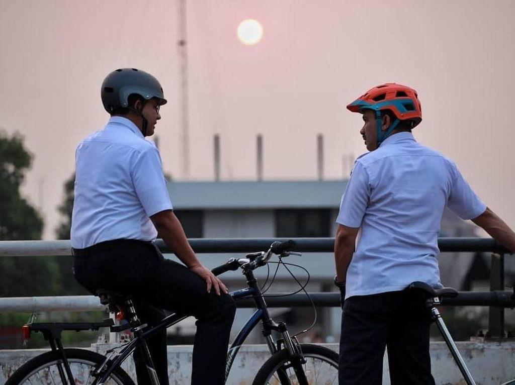 Anies Targetkan Pembuatan Jalur Sepeda Rampung Sebelum Akhir 2019