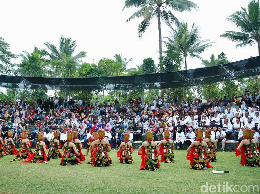 Foto: Festival Lembah Ijen di Ketinggian 600 Mdpl