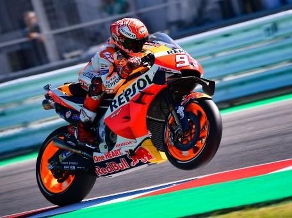 MotoGP San Marino: Marquez Kalahkan Quartararo, Rossi Keempat