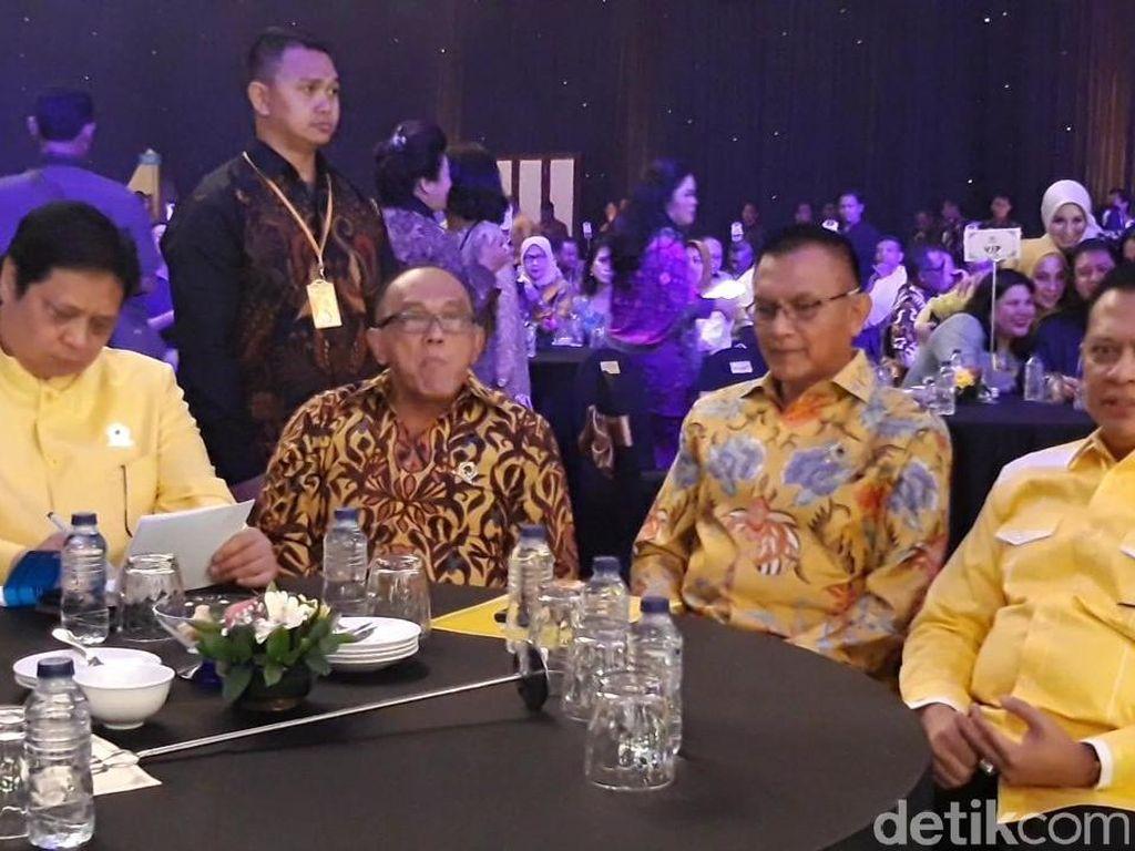 Loyalis Bamsoet Minta Airlangga Berhenti Jualan Didukung Jokowi
