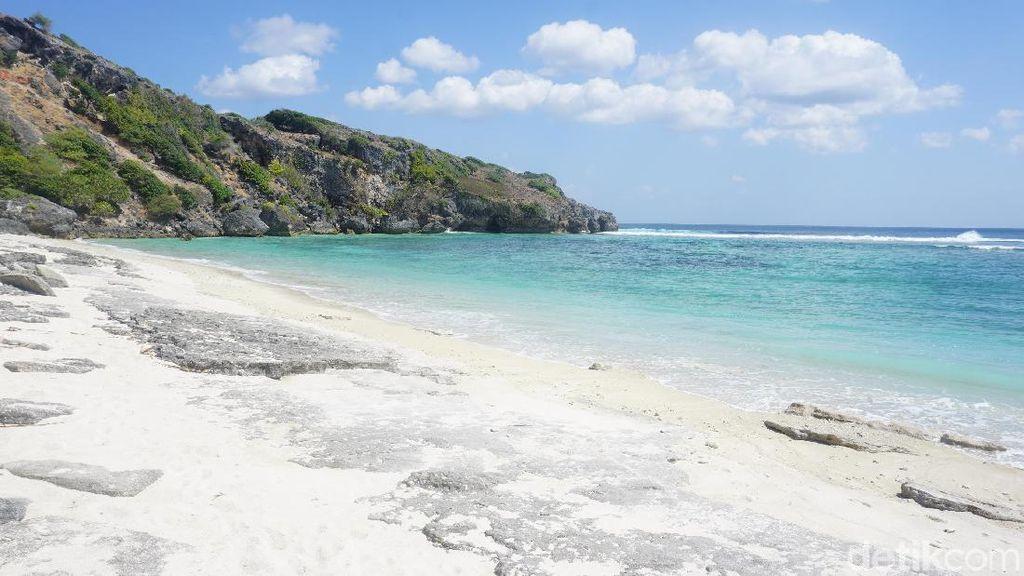 Foto: Pantai-pantai Eksotis di Paling Selatan Indonesia