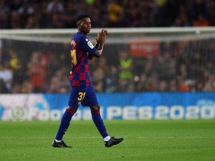 Ansu Fati bikin satu gol dan satu assist saat Barcelona mengalahkan Valencia 5-2 di pekan keempat Liga Spanyol 2019/2020. (Foto: Alex Caparros/Getty Images)