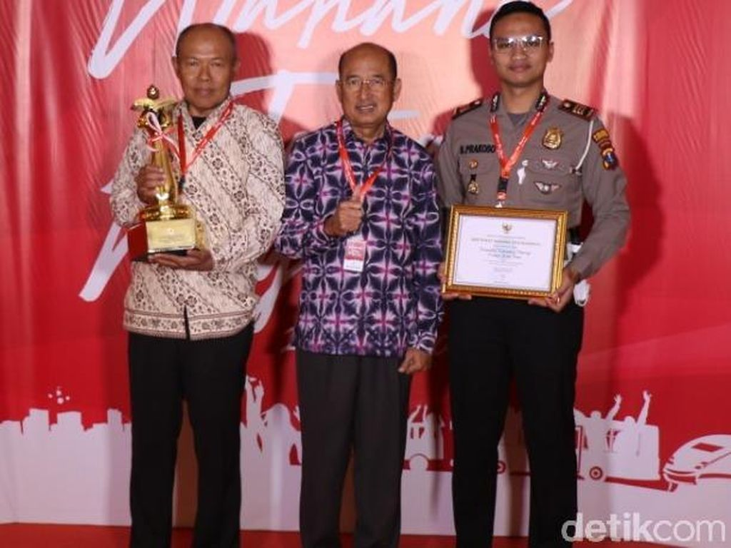Ponorogo Raih Penghargaan Wahana Tata Nugraha Tanpa Catatan 2019