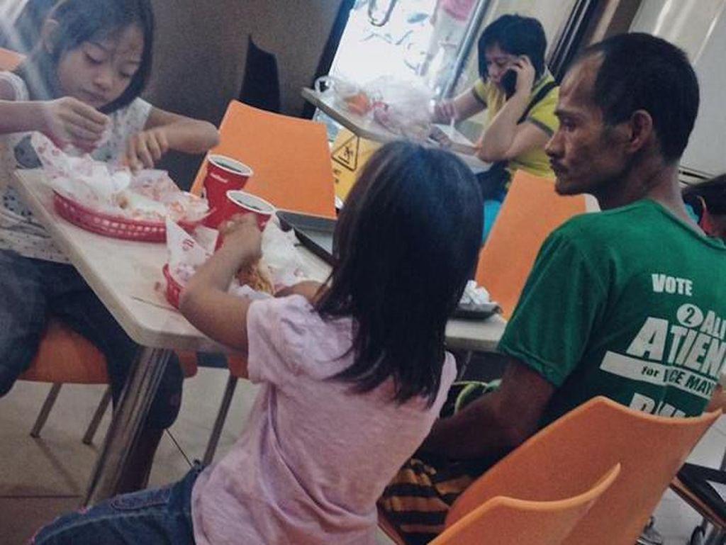 Kasihan! Anak-anak Ini Punya Kisah Sedih di Balik Momen Makannya
