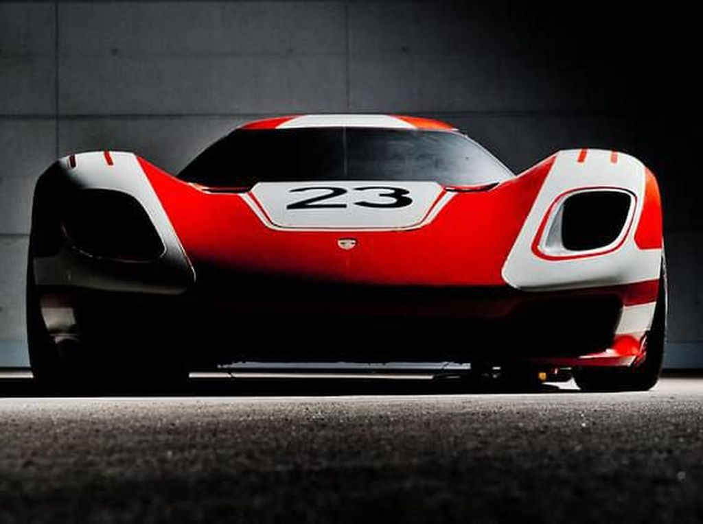 Porsche Siapkan Mobil Super Pesaing Aston Martin Valkyrie
