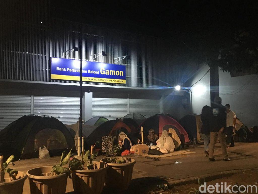 Pencari Suaka Kembali Pasang Tenda di Kebon Sirih