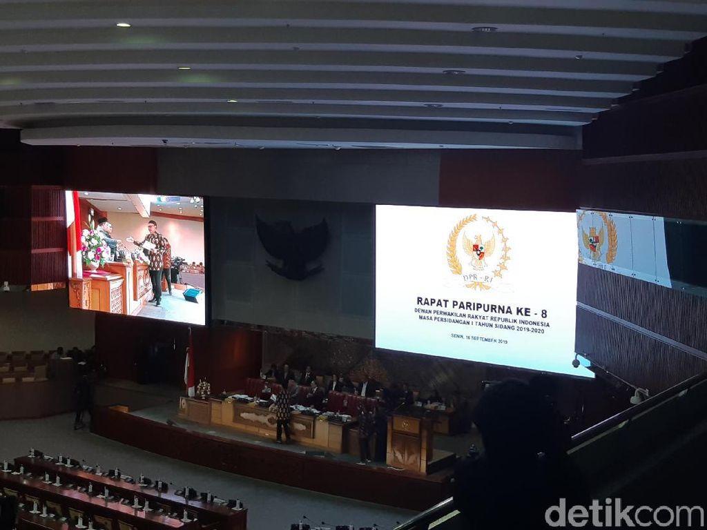 DPR Sahkan Revisi UU MD3 soal Penambahan Pimpinan MPR