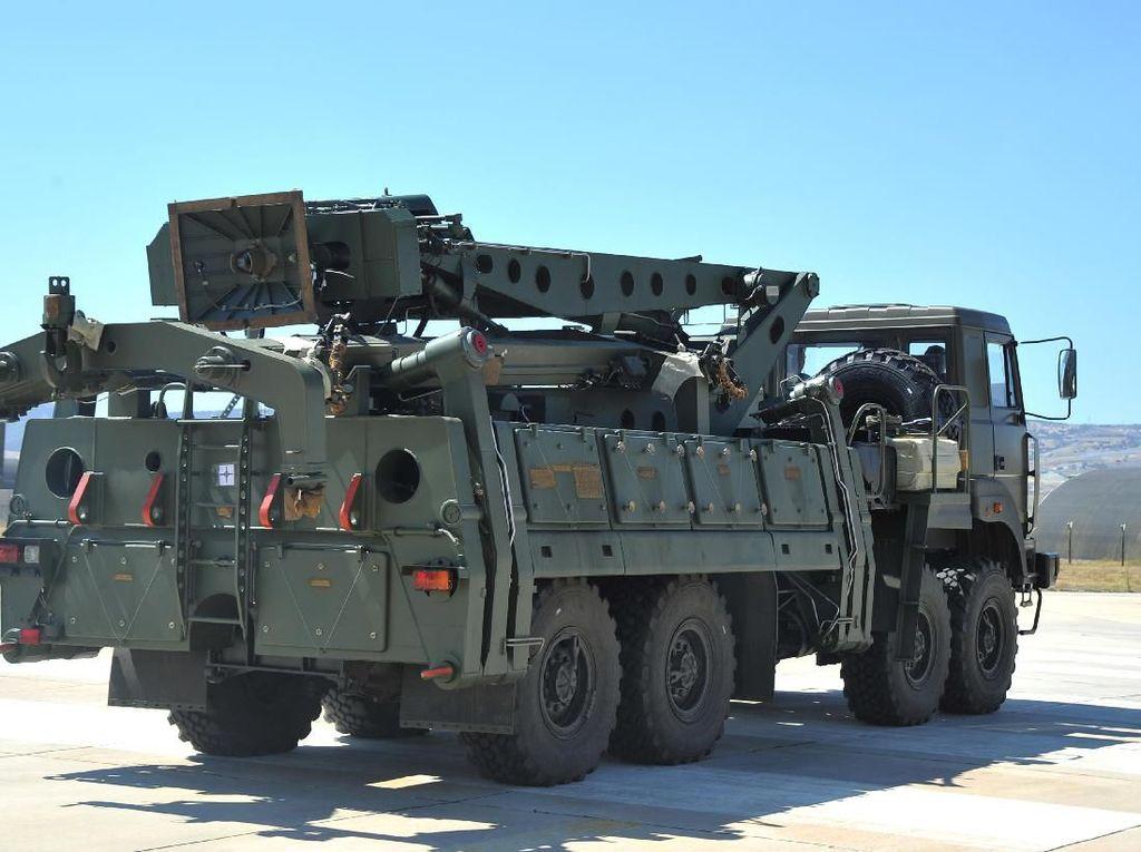 Perkuat Militer di Kutub Utara, Rusia Tebar Rudal S-400