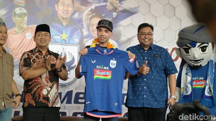 Pemain PSIS Semarang, Bruno Silva. (Foto: Angling Adhitya Purbaya/detikcom)