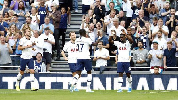 Melatih Tottenham jadi tantangan Jose Mourinho.