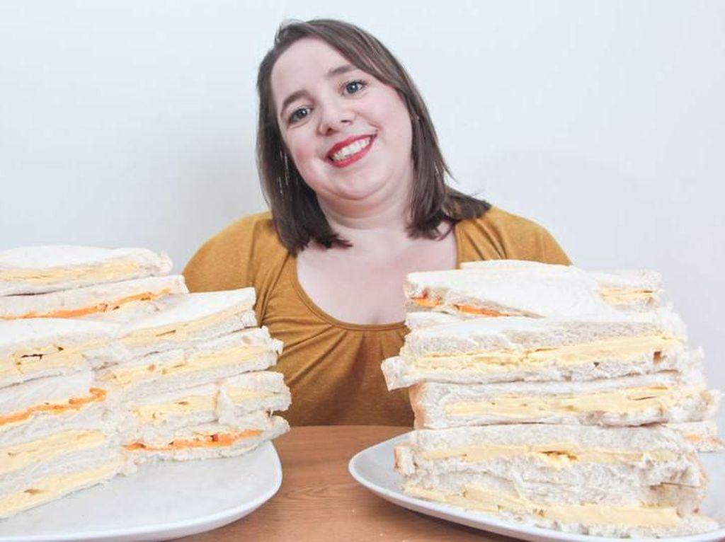 Phobia Makanan, Wanita Ini Cuma Bisa Makan Roti Keju Demi Bertahan Hidup