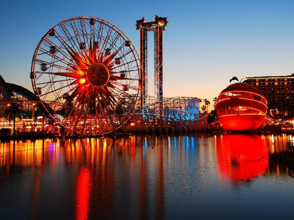 California Rilis Rambu-rambu untuk Taman Hiburan Saat Pandemi