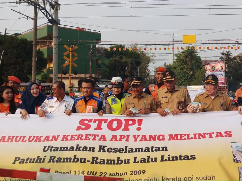 Pritt!! Penerobos di Perlintasan Sebidang Rel KA Bakal Ditilang