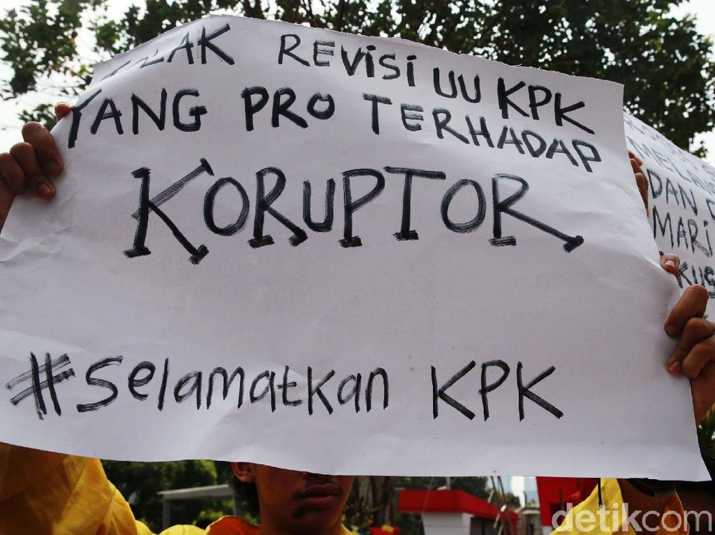 Korupsi dan Kesia-Siaan Ilmu Politik