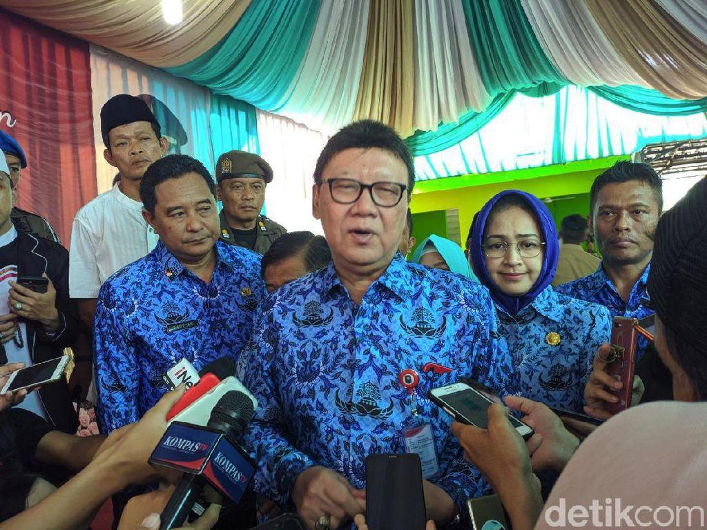 Mendagri Minta Pemda Peka soal Karhutla Riau: Pusat Sudah Luar Biasa