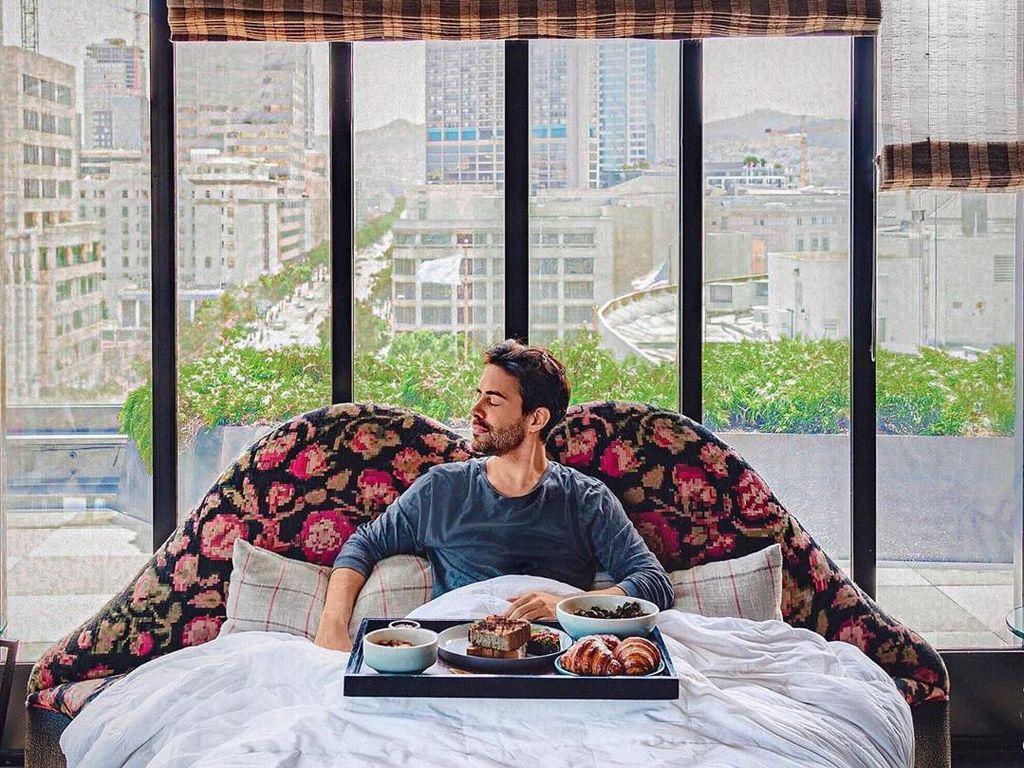 Cuma Tidur Siang, Pria Ini dapat Penghasilan Rp 769 Juta dalam 18 Bulan