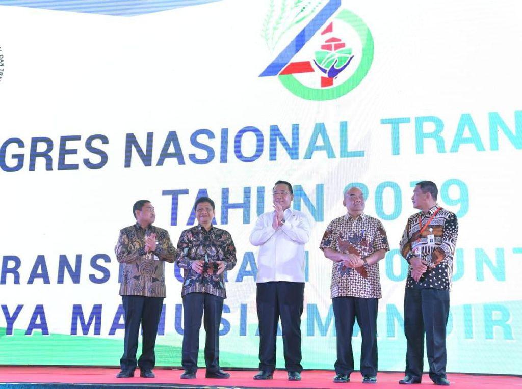 Mendes Dorong Pengembangan Kawasan Transmigrasi Berbasis Teknologi