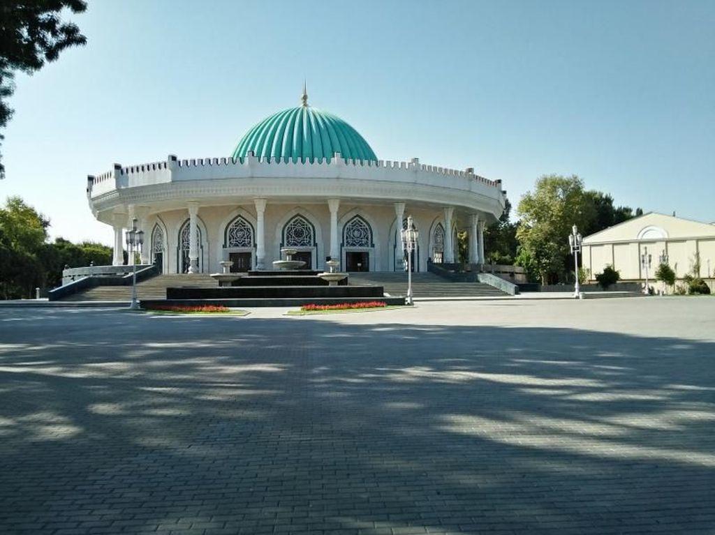 Terpesona Museum Raja Paling Terkenal di Uzbekistan