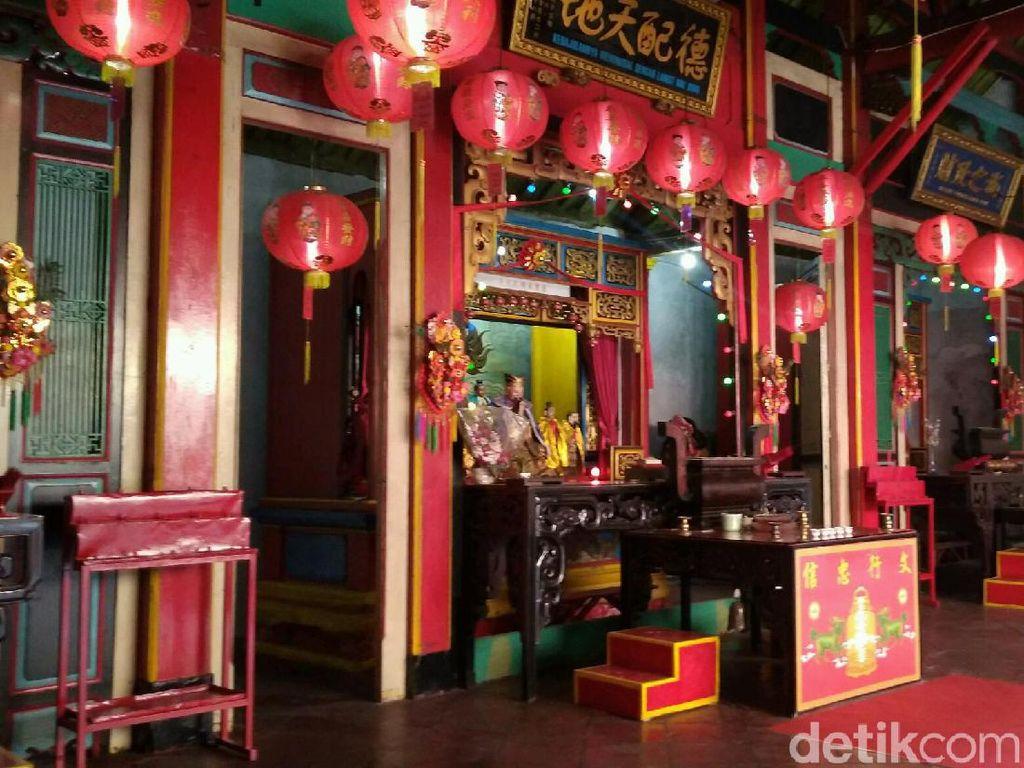 Kisah Klenteng di Cirebon yang Dulunya Masjid