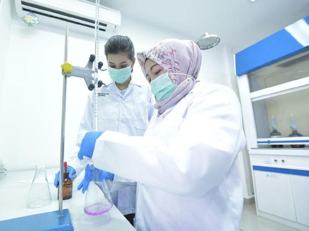 Mengintip Laboratorium Uji Mineral BUMN di Bogor