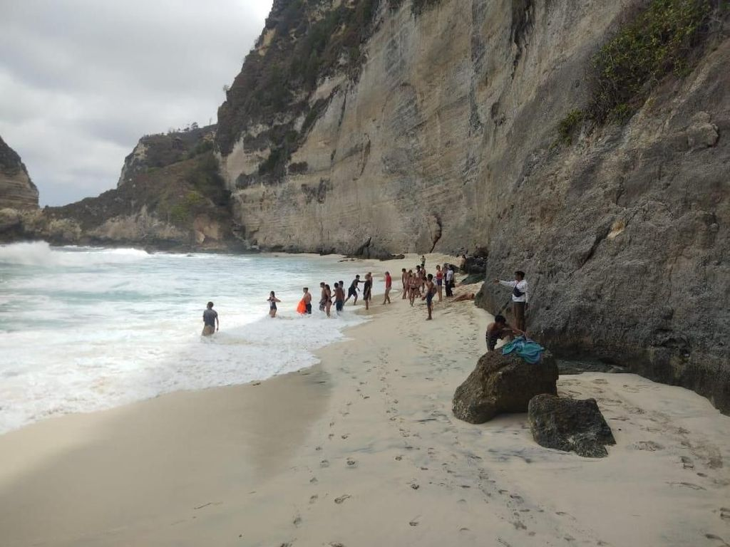 WN Malaysia Tewas Tenggelam di Pantai Diamond Nusa Penida
