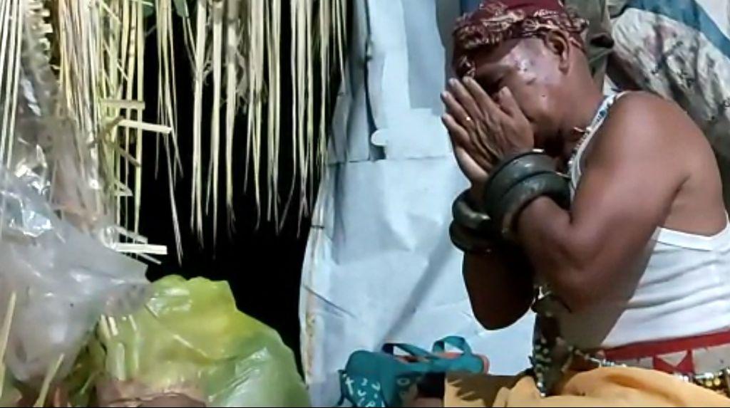 Foto: Ritual Mistis Suku Asli di Ibu Kota Baru