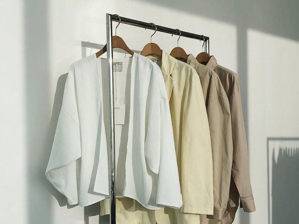 Daftar 20 Brand Baju Lokal Favorit yang Harganya Terjangkau (Bagian 1)