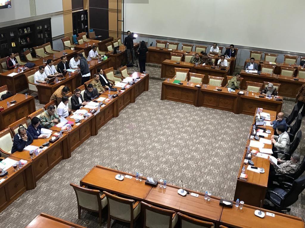 DPR Setuju Pasal Bui ke Pria Hidung Belang Ingkar Kawini Korban Didrop