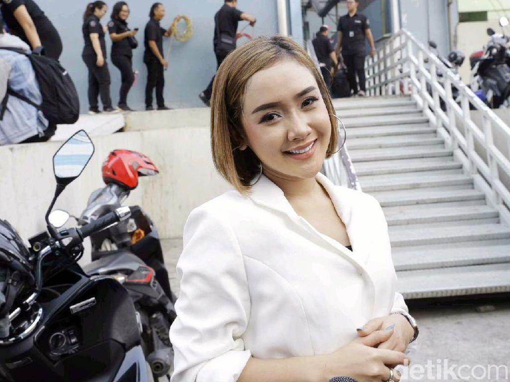 Bawa Pacar Bule ke Rumah, Cita Citata Sudah Prewedding?
