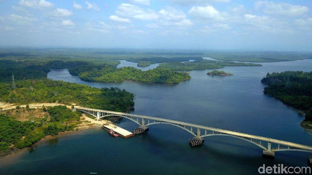 Indahnya Panorama Jembatan Pulau Balang Penajam