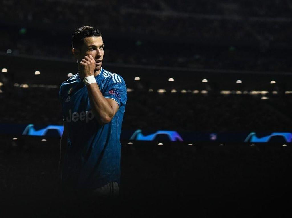 Absen di Penghargaan FIFA, Ronaldo Tulis Pesan Ini di Instagram