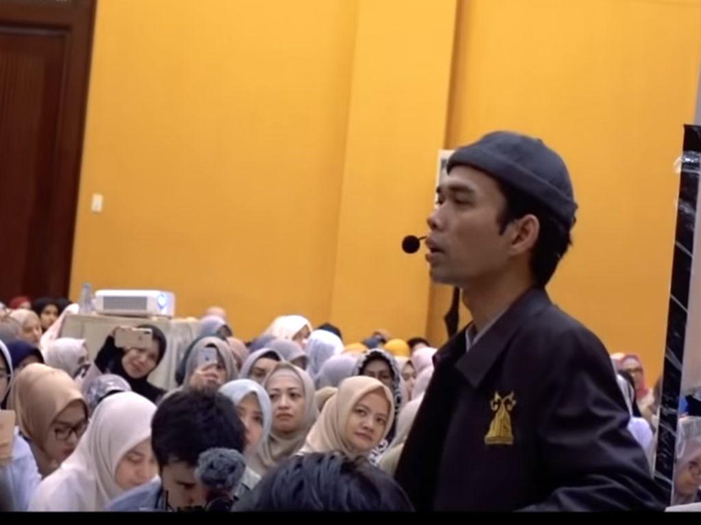 UAS Komentari Kontroversi Lirik Lagu Aisyah Istri Rasulullah