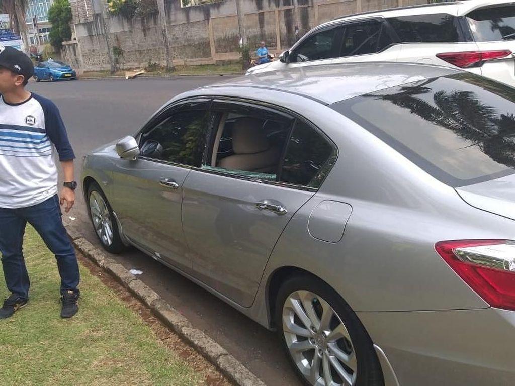 Apes Rico Ceper, Barang Kecurian di Mobil lalu Tabrak Mobil Polisi