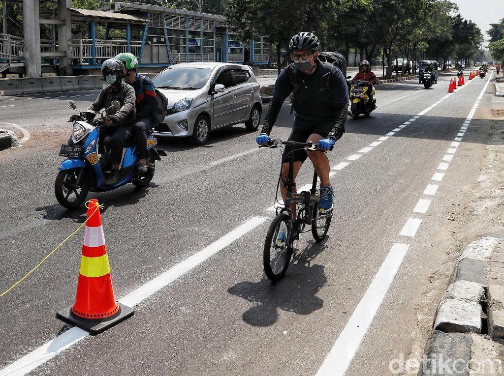 Polisi Belum Tindak Penerobos Jalur Sepeda, Ini Alasannya