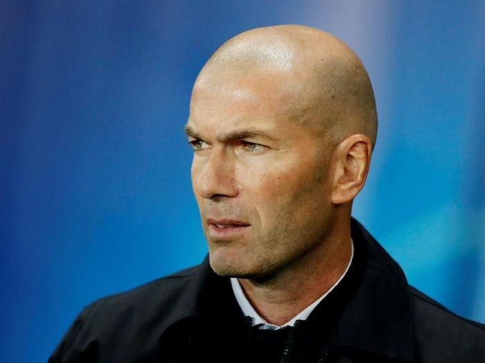 Zinedine Zidane menutup rapat nama pemain yang didukungnya untuk meraih Ballon dOr 2019. (Foto: Benoit Tessier/Reuters)