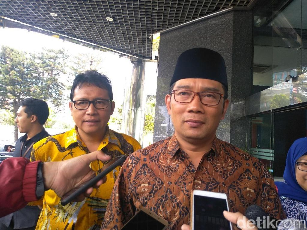 Ridwan Kamil Pastikan Pemprov Jabar Ambil Alih Penanganan Limbah Cileungsi