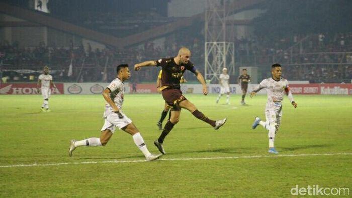 PSM Makassar menang 2-0 atas Tira Persikabo. (Foto: Reinhard Soplantila/detikSport)
