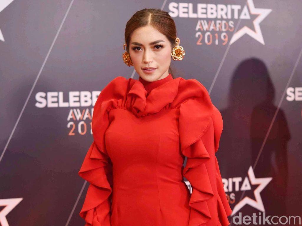 Kekhawatiran Para Artis Terkait Virus Corona di Indonesia