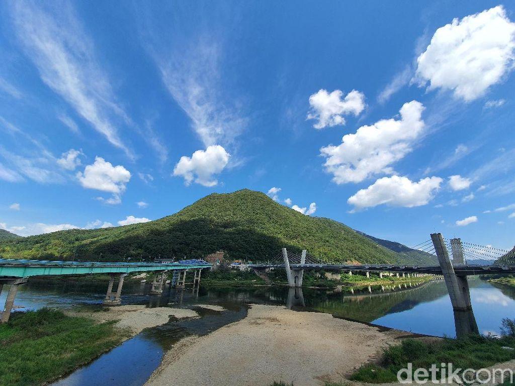 Jepretan Galaxy Note 10+ di Rail Bike Korea