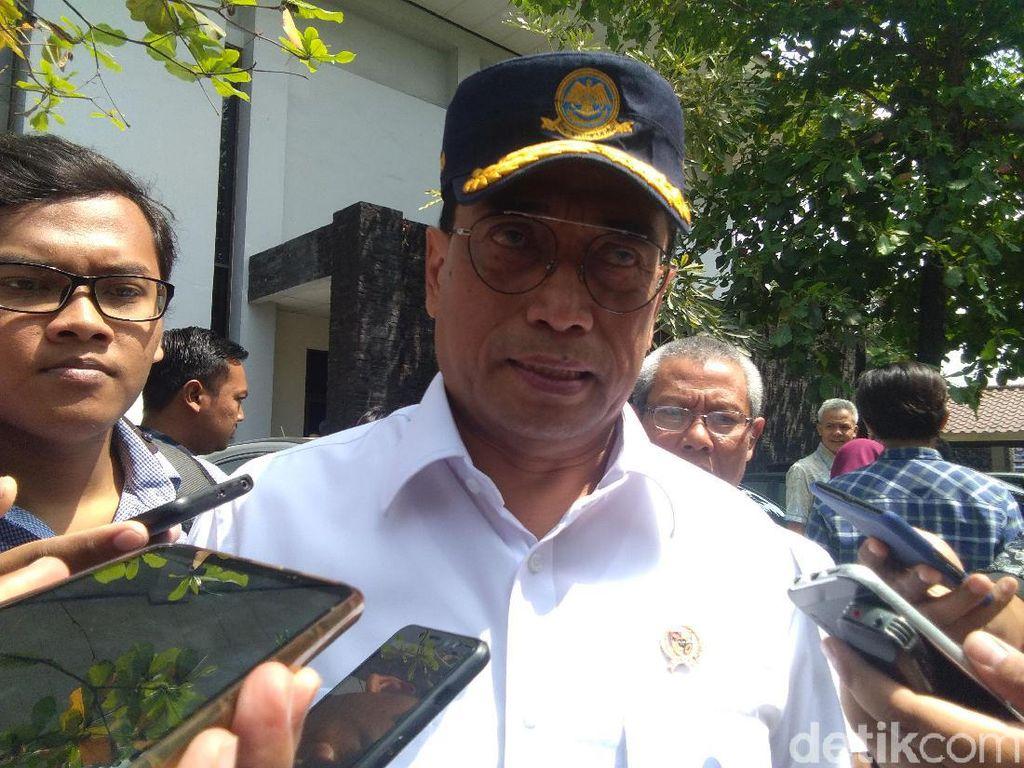 Menhub Sudah Berkemas dari Rumah Dinas, Menteri PUPR Masih Bertahan