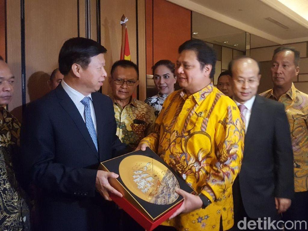 Agung Laksono: Kunjungan Partai Komunis China Tak Ubah Ideologi