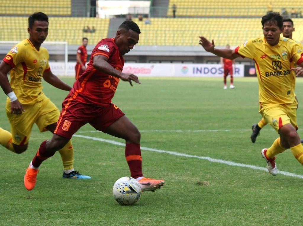 Bhayangkara Vs Borneo FC Tuntas Tanpa Pemenang